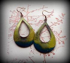 This color combo reminds me of summer.. over fired enamel on copper..