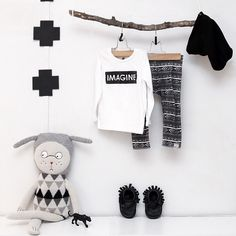 Monochrome modern baby outfit style inspiration #wildlittlecomfies #youngoneapparel