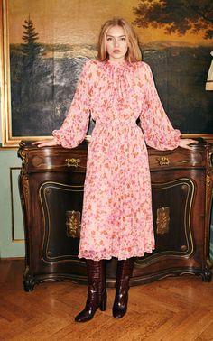 Chiffon Floral Midi Dress by byTiMo Midi Dress Outfit, Boho Midi Dress, Pink Midi Dress, Floral Chiffon, Chiffon Dress, Modesty Fashion, Fashion Dresses, Beautiful Dresses, Nice Dresses
