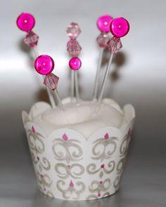 Beaded cupcake topper