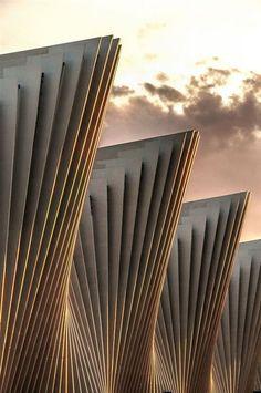 Calatrava's Neuer Bahnhof der Reggio Emilia / , Zürich ollebosse.tumblr.stfi.re