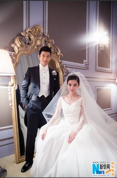 Chinese mainland actor Huang Xiaoming and Hong Kong actress Angelababy held their wedding ceremony today in Shanghai. http://www.chinaentertainmentnews.com/2015/10/huang-xiaoming-angelababy-wedding-photos.html