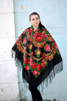 Vintage Ukrainian shawl Russian shawl Wool shawl by bestLuba
