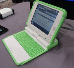 OLPC XO-4 Arriving This March... I think I really want this..