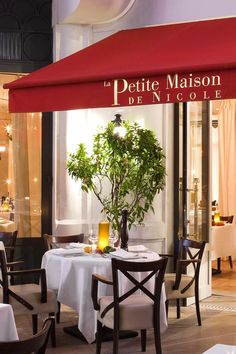 Head to Le Fouquet's Cannes for gourmet-style brasserie classics, Petite Maison de Nicole for southern specialties and The Plage du Majestic or La Folice Douce for lunch or dinner on the beachfront. Hôtel Barrière Le Majestic (Cannes, France) - Jetsetter