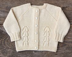 Christening sweater baptism sweater girl hand knit cardigan sweater little girl sweater wool ivory baby sweater baby girl sweater outfit Cardigan Gris, Baby Boy Cardigan, Baby Girl Sweaters, Boys Sweaters, Warm Sweaters, Knit Cardigan, Knitted Beret, Hand Knitted Sweaters, Sweater Set