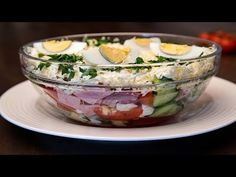 Salata bulgareasca salata meze ve kanepe Tarifleri videolu tarif – The Most Practical and Easy Recipes Deli Food, Summer Recipes, Potato Salad, Vegan Recipes, Risotto, Pizza, Pudding, Eggs, Lasagna