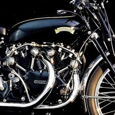 <<>> 1950 Vincent Motorcycle | Vincent Black Shadow | Series C | 998cc V Twin 55hp |