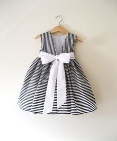 #FlowerGirl #Dress in Deep #Grey and White