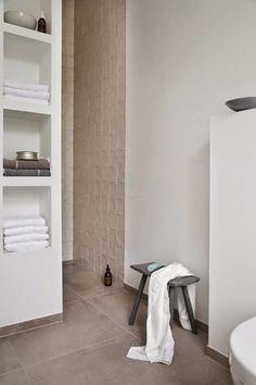 35 stylish and compendious minimalist bathroom ideas - Como decorar un bano pequeno ...