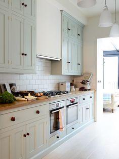 The Pimlico Kitchen by deVOL