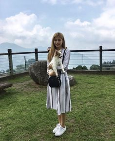 """""""Tzuyu must have had a really great time on her short vacation 🥰 She really brought Gucci with her everywhere and he looked so happy haha"""" Nayeon, South Korean Girls, Korean Girl Groups, K Pop, Sana Momo, Chou Tzu Yu, Bias Kpop, Twice Kpop, Tzuyu Twice"""