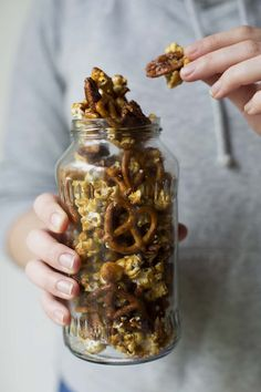 Hipster Homemade Cracker Jack // The Sugar Hit