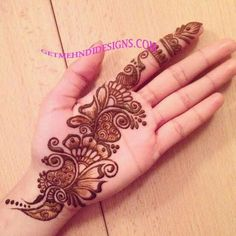 Best Henna Design on Palm Images Gallerh - Henna Designs Easy on Palm with Cute and Simple Design for Girl. this is the best henna design on Palm Latest Arabic Mehndi Designs, Henna Art Designs, Mehndi Designs For Girls, Mehndi Designs For Beginners, Modern Mehndi Designs, Dulhan Mehndi Designs, Mehndi Design Pictures, Mehndi Designs For Fingers, Latest Mehndi Designs