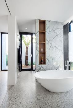 Ensuite and outdoor shower courtyard