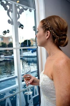 Real wedding feature aboard the Scarlett Belle - Look at that gorgeous updo! #ScarlettBelleCruises  #Weddings #BirthdayParties #CorporateParties #Fun #Boat #Harbor #CaliforniaExperience #Riverboat #Cruises