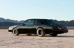 David Sapper modernized his 1987 Buick Grand National to create a reliable pro-touring car with a comfortable interior full of electronic goodies. My Dream Car, Dream Cars, Buick Grand National Gnx, National Car, Custom Muscle Cars, Gm Car, Buick Regal, Hot Rod Trucks, American Muscle Cars