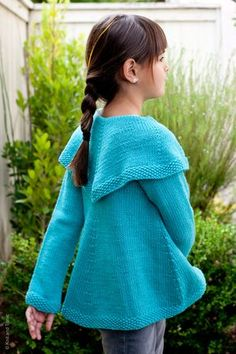 Girlfriend =another cute knit from Spud and Chloe yarns- this pattern is from Wendy Bernard..such a cute cute jacket!  i <3 it! http://www.knitandtonic.net/knitandtonic/2011/11/girlfriends-swing-coat.html