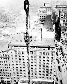 Ironworker Rides the Chains, 1912