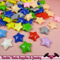 Puffy Star Decoden Kawaii Cabochons ✮ Quantity: 20 pieces ✮ Size: 17 mm ✮ Color: Random Mix Make sure to check out my other listings for more decoden cabochons! ¸ , ♡ * °❤° * ♡ , ¸ , ♡ * °❤° * ♡ , ¸ ,