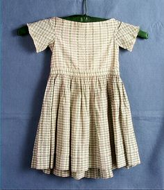 child's off white/green and pink checked dress, Victorian Children's Clothing, Antique Clothing, Historical Clothing, Victorian Fashion, Vintage Fashion, Civil War Dress, Fashion History, Vintage Children, Kids Outfits