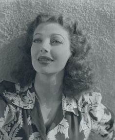 actrice loretta young - Page 3 Golden Age Of Hollywood, Hollywood Glamour, Hollywood Stars, Classic Hollywood, Hollywood Icons, Loretta Young, Judy Lewis, Next Film, Farmer's Daughter