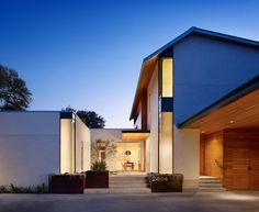 Vance Lane Residence – An Inspiring Home With A Functional Design