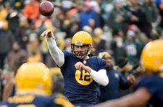 Packers' Aaron Rodgers Breaks Tom Brady's Record