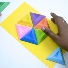 origami wall art Lets add some colorful details to the walls so they look brighter and cooler! By: origamiclips Origami Wall Art, Instruções Origami, Geometric Origami, Origami Ball, Origami And Kirigami, Paper Crafts Origami, Origami Flowers, Diy Paper, Paper Crafting