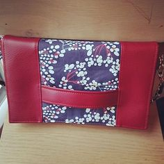 Zy sur Instagram: Pochette terminée 🤩 . . . . #coutureaddict #couture #fabric #sacotin #cachotin