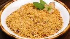 Farofa crocante feita com polenta de milho - http://www.casalcozinha.com.br/receita/farofa-crocante/