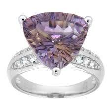 rings with triangle gemstones ile ilgili görsel sonucu