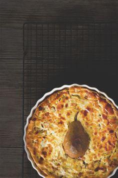 Tolle Quiche mit Kürbis, Lauch und Birne Kürbisquiche Quiche Vegan, Pizza, Pumpkin Recipes, Main Dishes, Cheese, Cooking, Breakfast, Desserts, Food
