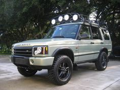 2003 Land Rover Discovery SE7                                                                                                                                                                                 More