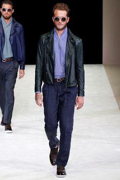 Sfilata Giorgio Armani Milano Moda Uomo Primavera Estate 2015 - Vogue