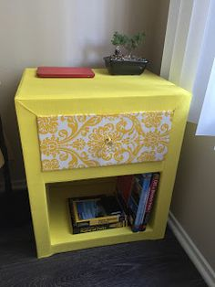 DIY: Cardboard bedside table/night stand DIY