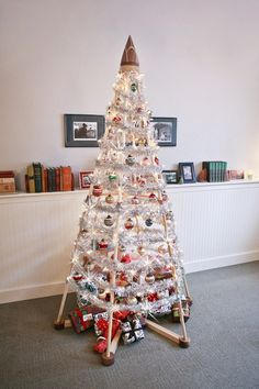 1000 images about jubiltree modern christmas trees on pinterest wood christmas tree wooden - Awesome the modern christmas decorations ...