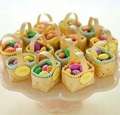 Pastilhas em mini cestas