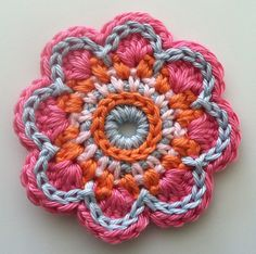 Crochet Flowers on Behance Freeform Crochet, Knit Or Crochet, Crochet Motif, Crochet Doilies, Crochet Home, Crochet Flower Patterns, Crochet Stitches Patterns, Crochet Flowers, Crochet World