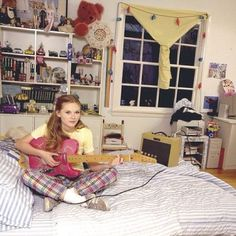 #kirstendunst#90s#bedroom