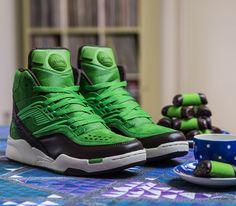 bdd561055ccec Sneakersnstuff x Reebok Pump Twilight Zone