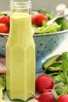 This creamy Avocado Citrus Vinaigrette is light and creamy and completely addictive! It's so luscious, you'll be tempted to drink it! | clean eating | | healthy recipes | | avocado salad dressing | | citrus vinaigrette | | vegetarian |