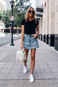 black denim skirt Blonde Woman Wearing Short Sleeve Black Bodysuit Levis Denim Skirt Nike White Sneakers Senreve White Mini Maestra Aviator Sunglasses Fashion Jackson S. Fashion Basics, Look Fashion, Skirt Fashion, Fashion Outfits, Denim Fashion, Fashion Clothes, Fasion, Fashion Styles, Teen Fashion