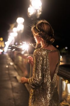 Gold and Sparkles Silvester Outfit Looks Style, My Style, New Years Eve Outfits, New Years Eve Outfit Ideas Winter, New Years Dress, Nye Outfits, New Years Outfit, Vegas Outfits, Outfit Winter