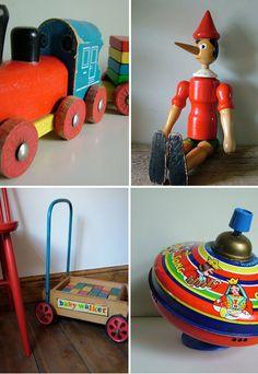I LOVE old vintage toys!