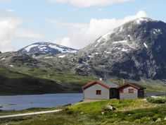 Cabin for rent in Norway, Skjåk Almenning https://www.inatur.no/hytte/50f2eac5e4b097bd8c0ac7fa/legerhytta-skjak-almenning   Inatur.no