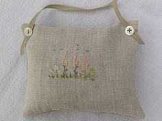Wild flower embroidery, T & Linen