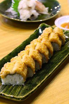 鱧の棒寿司と鱧の落とし、焼霜造り 梅肉醤油