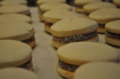 Alfajores de Maicena Cookies, Desserts, Food, Products, Tailgate Desserts, Biscuits, Deserts, Essen, Dessert