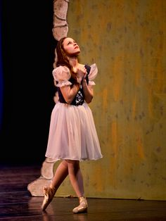 Miss Kendall as Giselle Act 1. Photo R Calmes.